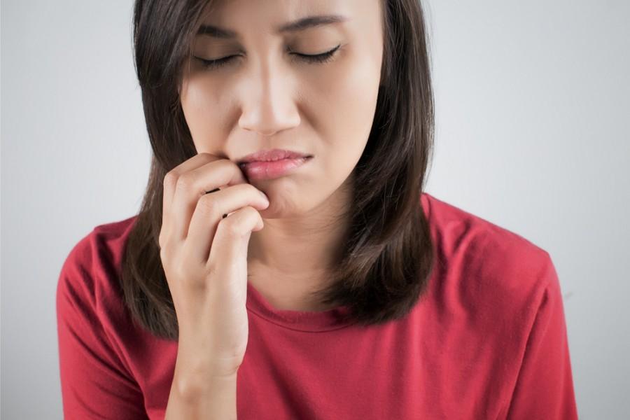 causas de aftas bucales